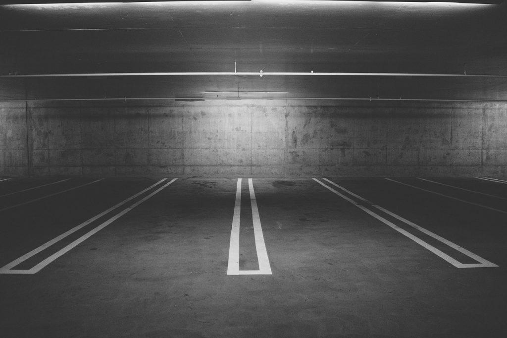 Pogotowie Ratunkowe we Wrocławiu ogłasza publiczny nieograniczony ofertowy przetarg na najem miejsc parkingowych.